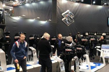 Човнові мотори Suzuki на виставці в Дюссельдорфі (фотозвіт)